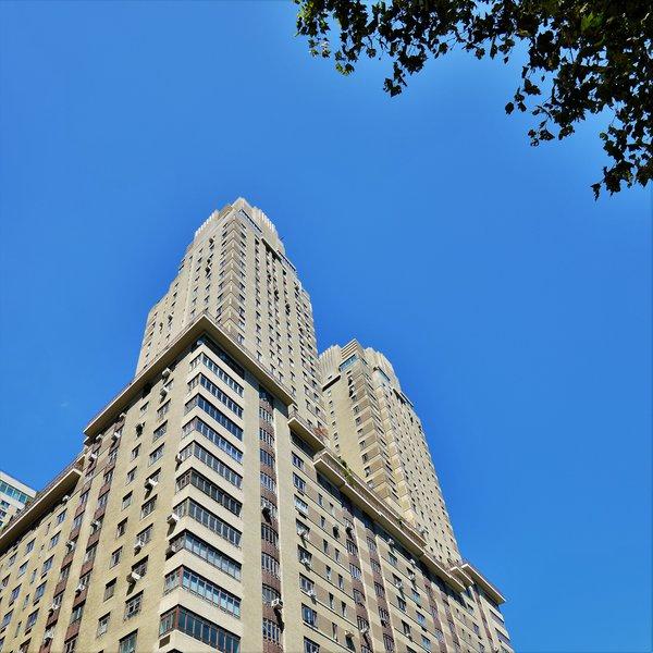 Central Park New York Apartments: 25 Central Park West, New York